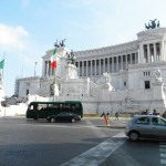 Monumento Nazionale (National Monument) a Vittorio Emanuele II from across Piazza, Rome